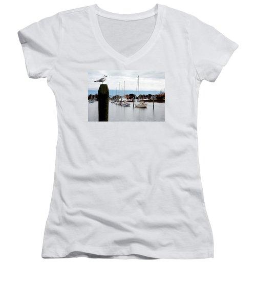 Waiting For Sandy Women's V-Neck T-Shirt