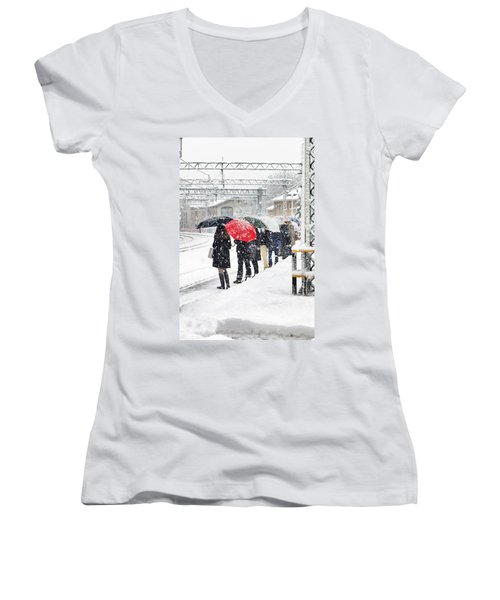 Waiting The Train Women's V-Neck (Athletic Fit)