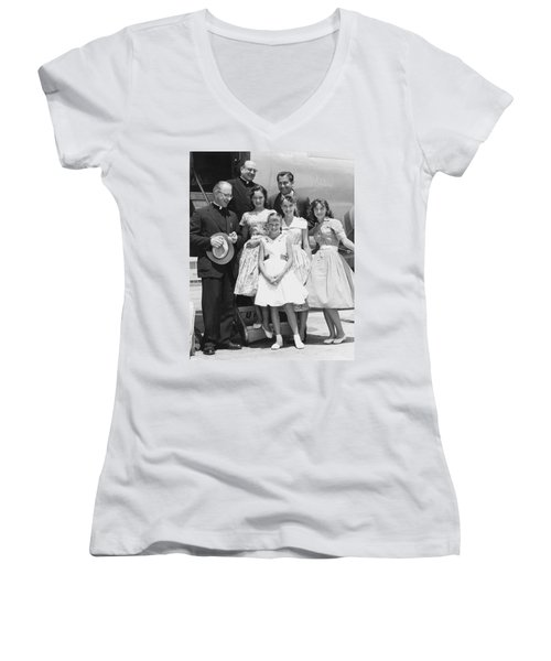 Welk And The Lennon Sisters Women's V-Neck (Athletic Fit)