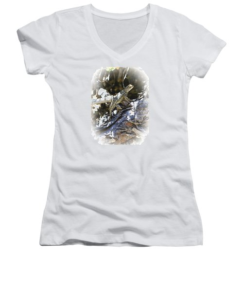 Western Fence Lizard Aka Blue-belly Lizard Women's V-Neck T-Shirt