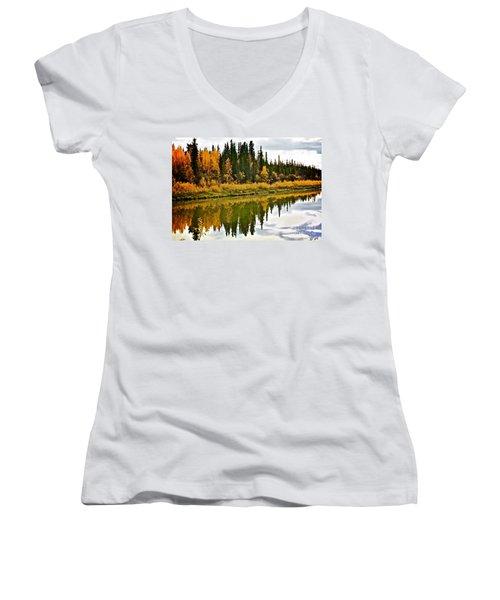 Yukon Autumn Women's V-Neck T-Shirt