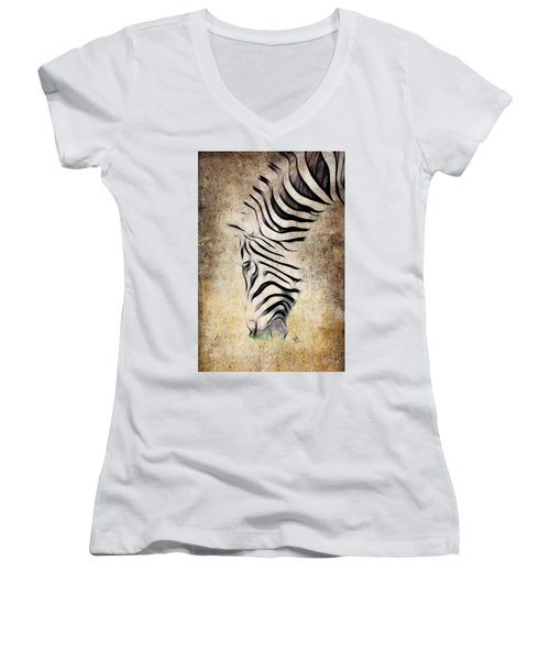 Zebra Fade Women's V-Neck T-Shirt
