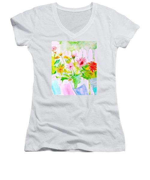 Daisy Daisy Women's V-Neck T-Shirt (Junior Cut) by Beth Saffer