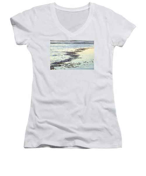 Beach Water Women's V-Neck T-Shirt