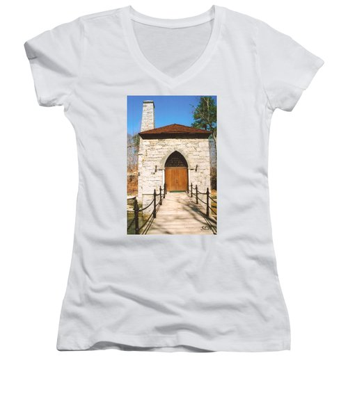 Castle Mcculloch Women's V-Neck T-Shirt