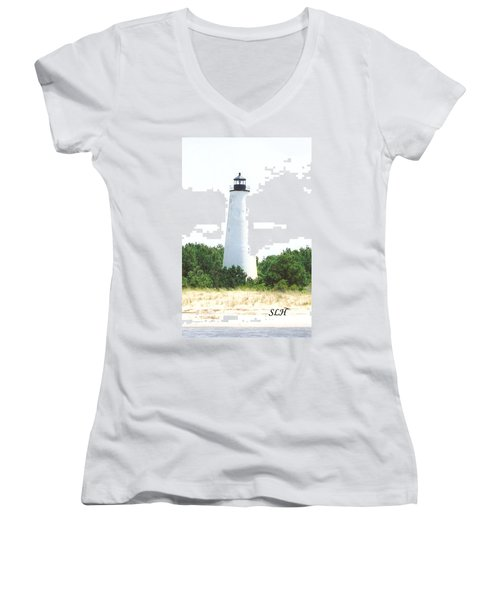 George Town Lighthouse Women's V-Neck T-Shirt