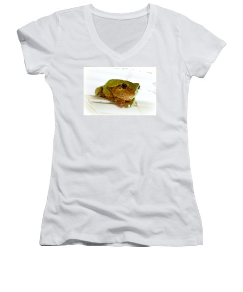Women's V-Neck T-Shirt (Junior Cut) featuring the photograph Im Watching You by Peggy Franz