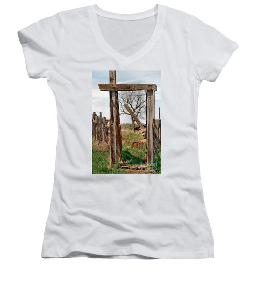 Into The Past Women's V-Neck T-Shirt