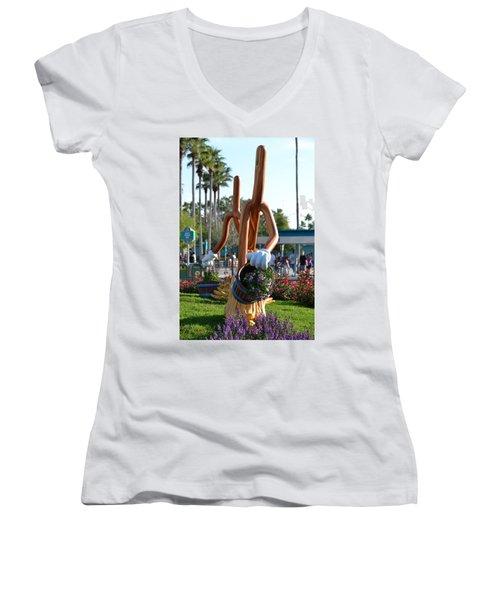 Magic Mop Women's V-Neck T-Shirt
