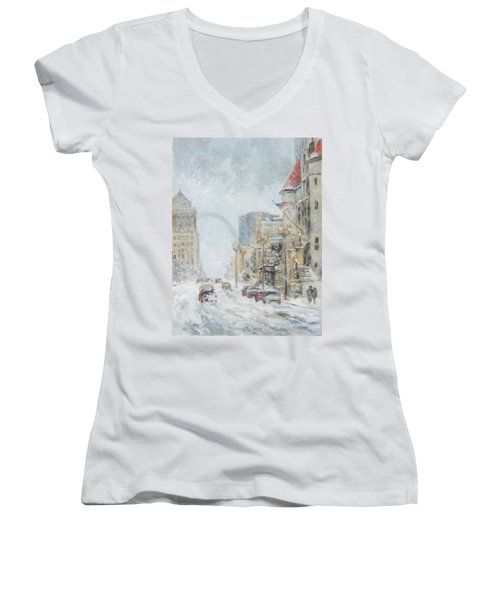 Market Street In Winter In St.louis Women's V-Neck (Athletic Fit)
