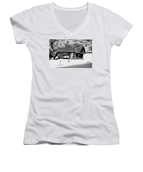 Women's V-Neck T-Shirt (Junior Cut) featuring the photograph Old Barns With Red Gate by Susan Leggett