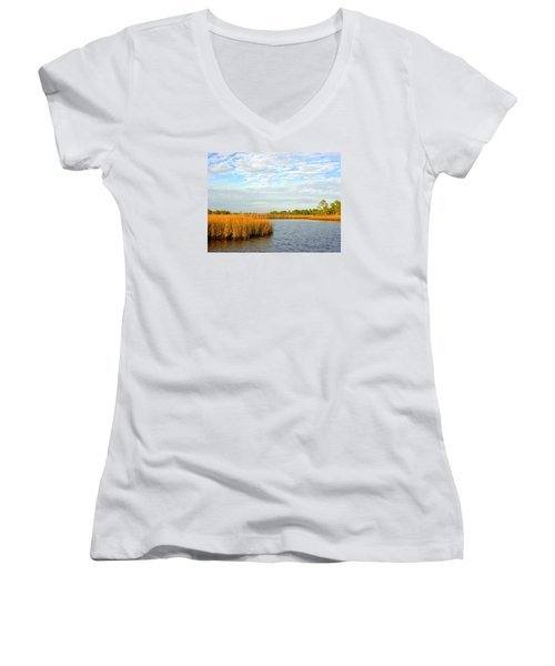 Sawgrass Creek L Women's V-Neck T-Shirt