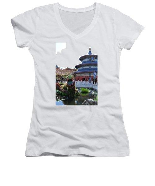 Topiary Dragon Women's V-Neck T-Shirt