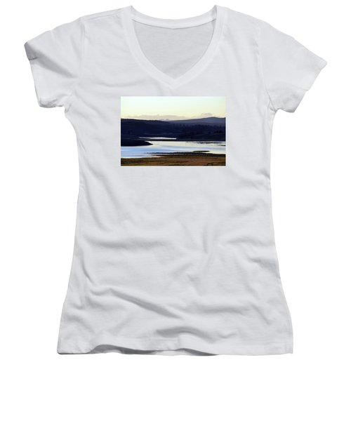 Yellowstone Landscapes Women's V-Neck T-Shirt