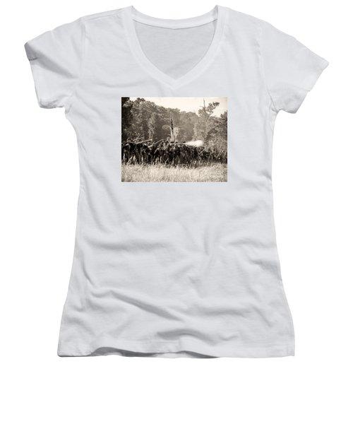 Gettysburg Union Infantry 9372s Women's V-Neck