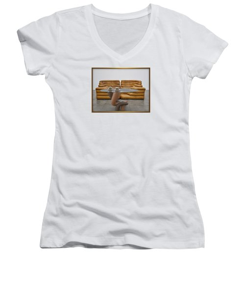' Lonely No More ' Women's V-Neck T-Shirt (Junior Cut)