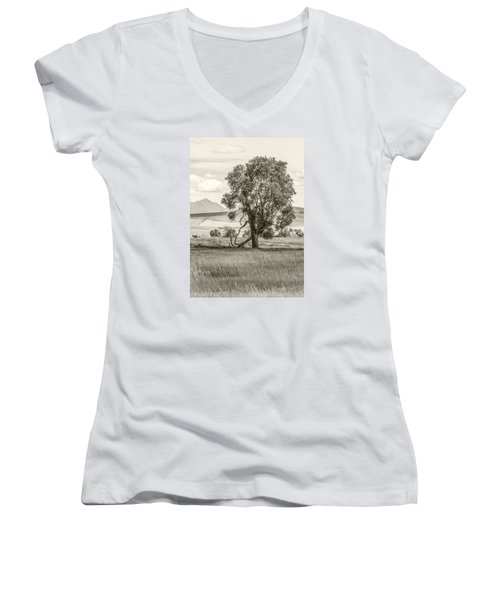 #0552 - Southwest Montana Women's V-Neck T-Shirt