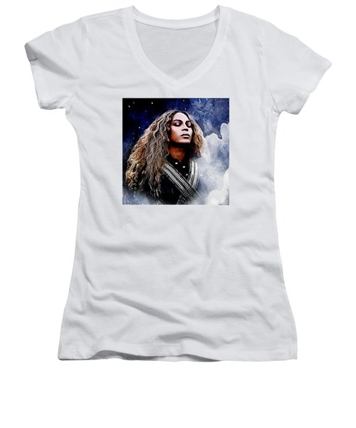 Beyonce  Women's V-Neck T-Shirt