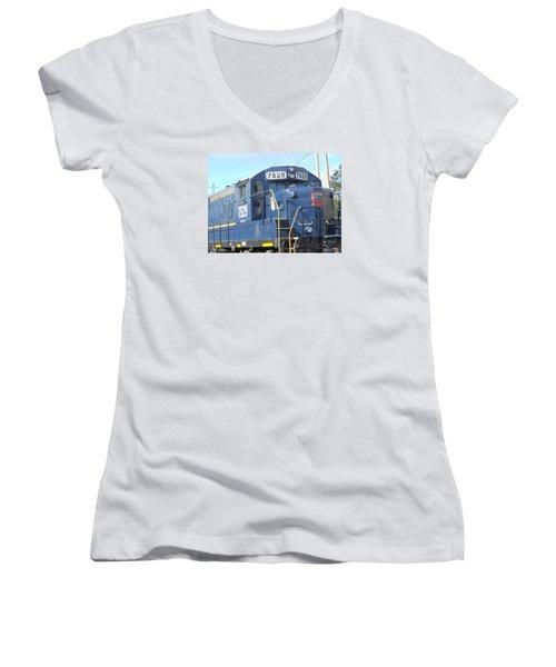 Diesel Engline Train Women's V-Neck T-Shirt (Junior Cut) by Linda Geiger