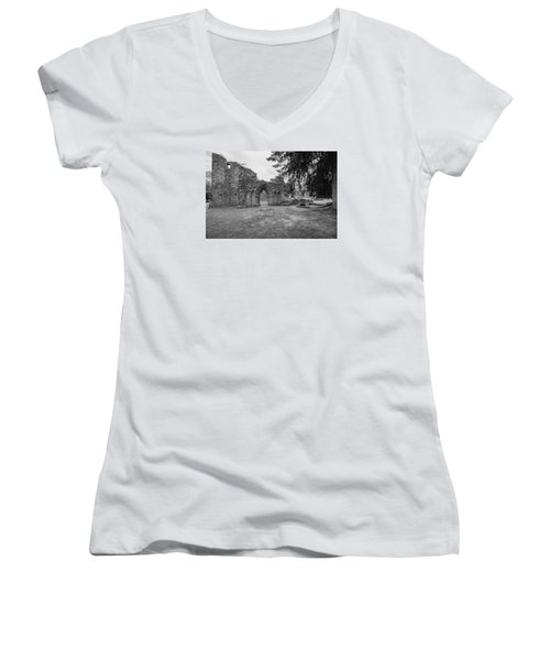 Inchmahome Priory Women's V-Neck T-Shirt
