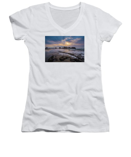 Incoming Tide 2 Women's V-Neck (Athletic Fit)