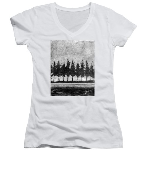 Tree Road Women's V-Neck T-Shirt