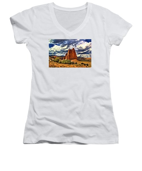 Capitol Reef National Park Catherdal Valley Women's V-Neck (Athletic Fit)