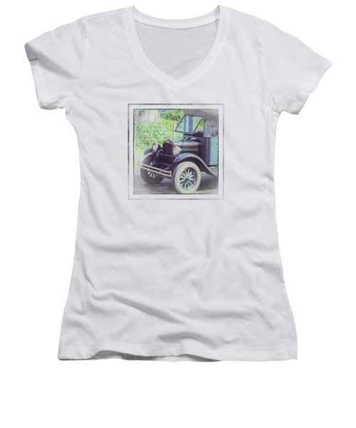1926 Chevrolet One Tone Truck Women's V-Neck (Athletic Fit)