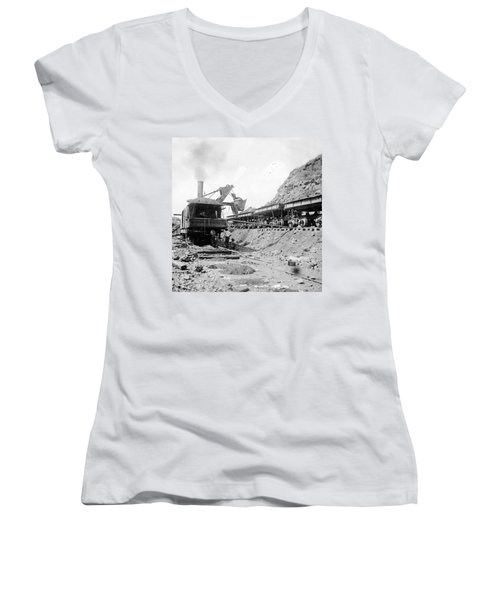 Panama Canal - Construction - C 1910 Women's V-Neck T-Shirt