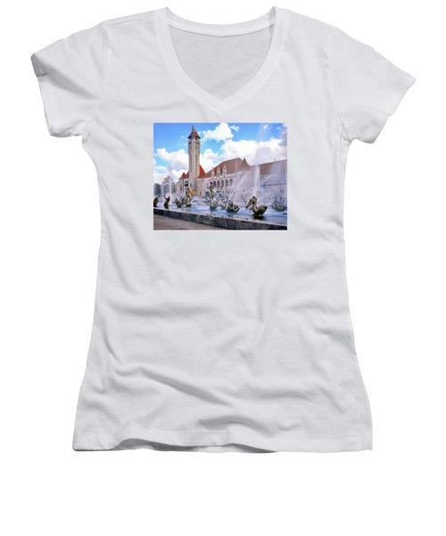 Union Station - St Louis Women's V-Neck T-Shirt