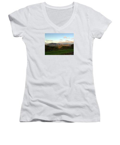 Kevin Blackburn Nature Photography Women's V-Neck T-Shirt (Junior Cut) by Kevin Blackburn