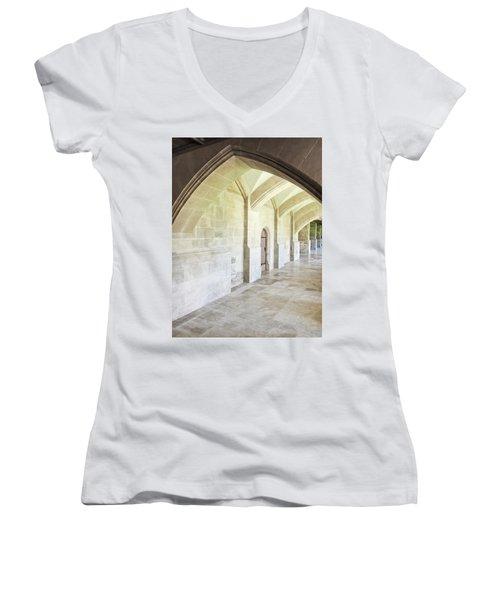 Arches Women's V-Neck T-Shirt