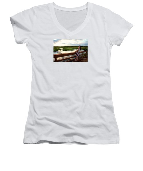 3740 Women's V-Neck T-Shirt