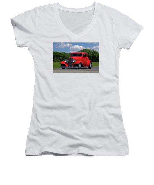 1932 Ford Coupe Hot Rod Women's V-Neck T-Shirt