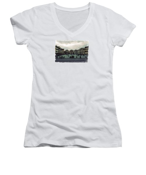 A Square In Florence Italy Women's V-Neck T-Shirt (Junior Cut) by Wade Brooks