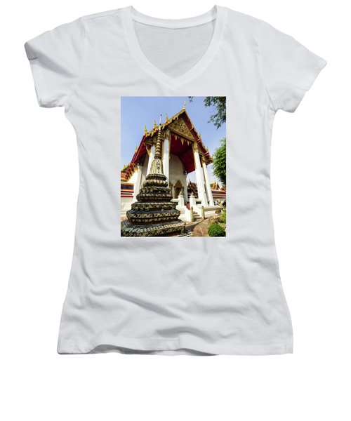 A View Of Wat Pho Temple In Bangkok, Thailand Women's V-Neck