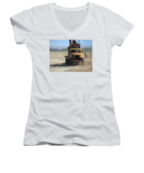 Abandoned Gmc Drill Rig Women's V-Neck (Athletic Fit)