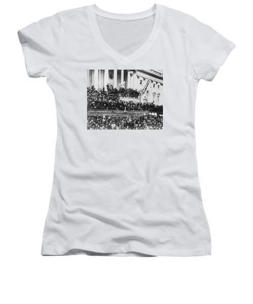 Abraham Lincoln Gives His Second Inaugural Address - March 4 1865 Women's V-Neck T-Shirt