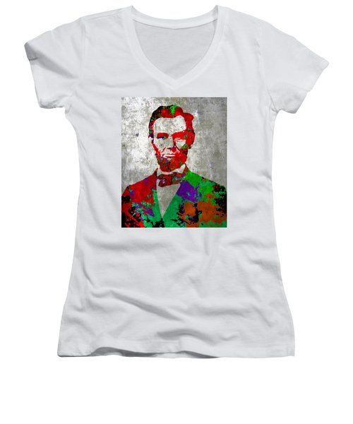 Abraham Lincoln On Silver - Amazing President Women's V-Neck (Athletic Fit)