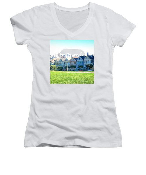 San Francisco Painted Ladies Women's V-Neck T-Shirt