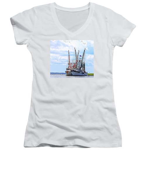 Art Of The Turn Women's V-Neck
