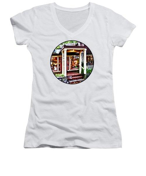 New Hope Pa - Craft Shop Women's V-Neck T-Shirt (Junior Cut) by Susan Savad