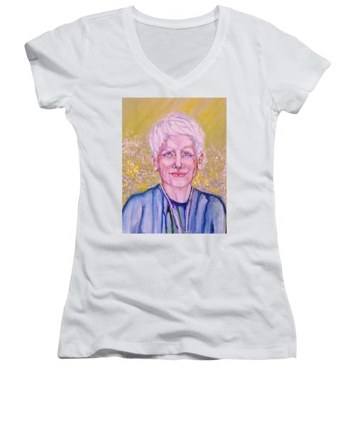Aunt Betty Women's V-Neck T-Shirt