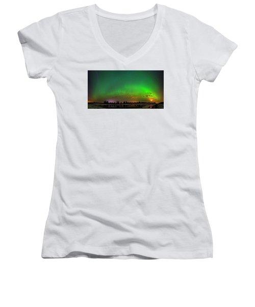 Aurora Over Pond Panorama Women's V-Neck T-Shirt