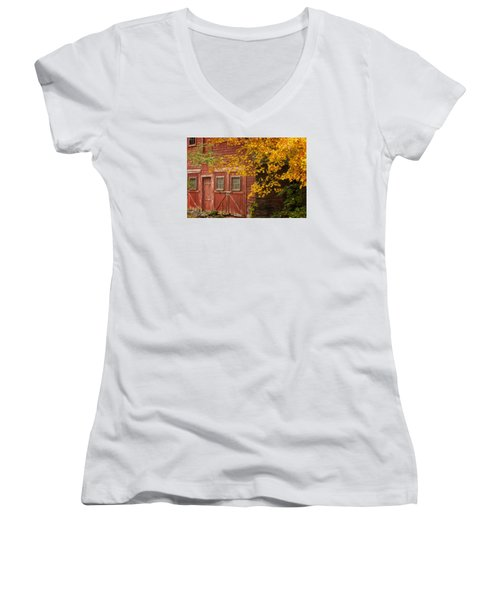 Women's V-Neck T-Shirt (Junior Cut) featuring the photograph Autumn Barn by Tom Singleton
