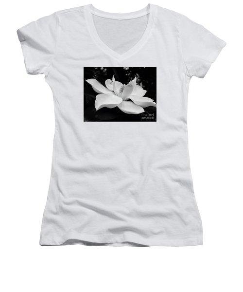 B W Magnolia Blossom Women's V-Neck