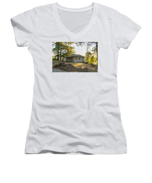 Back Porch Sunset Women's V-Neck T-Shirt (Junior Cut) by Ricky Dean