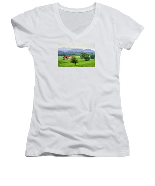 Barn In Smokies 2 Women's V-Neck