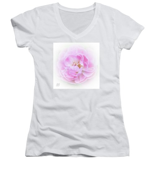 Be A Dreamer Women's V-Neck T-Shirt