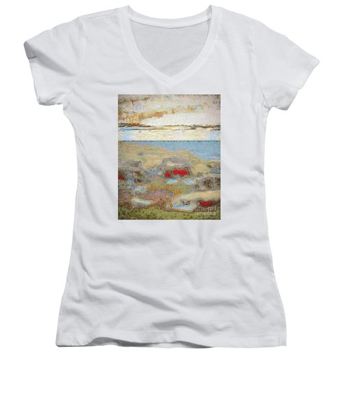 Beach Dunes Women's V-Neck T-Shirt